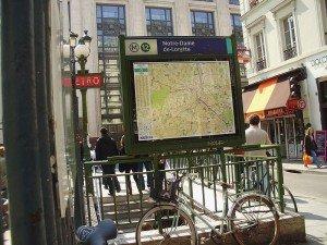 Ballades au coeur du 9 eme arrondissement notre-dame-de-lorette-300x225